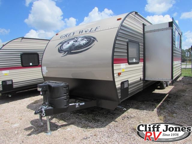 2018 Forest River Cherokee Grey Wolf 27RR Toy Hauler