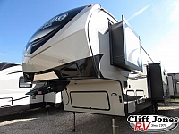 2018 Keystone Laredo 298SRL Fifth Wheel