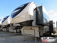 2019 Keystone Laredo 325RL Fifth Wheel