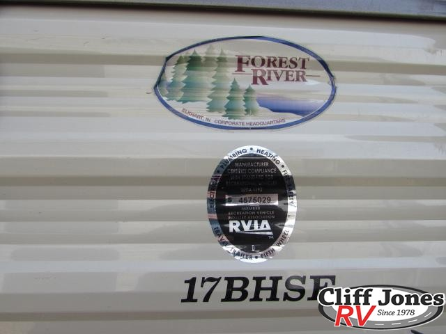 2017 Forest River Cherokee Grey Wolf 17BHSE Travel Trailer