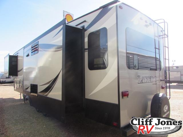 2018 Keystone Laredo 358BP Fifth Wheel