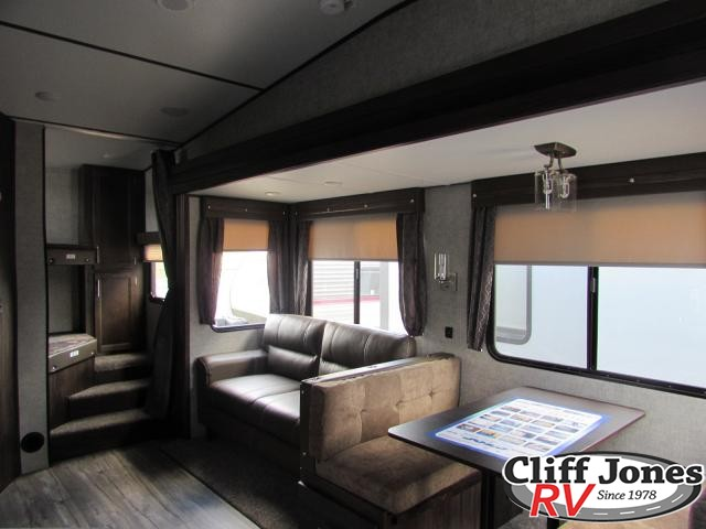2019 Forest River Arctic Wolf 265DBH Fifth Wheel