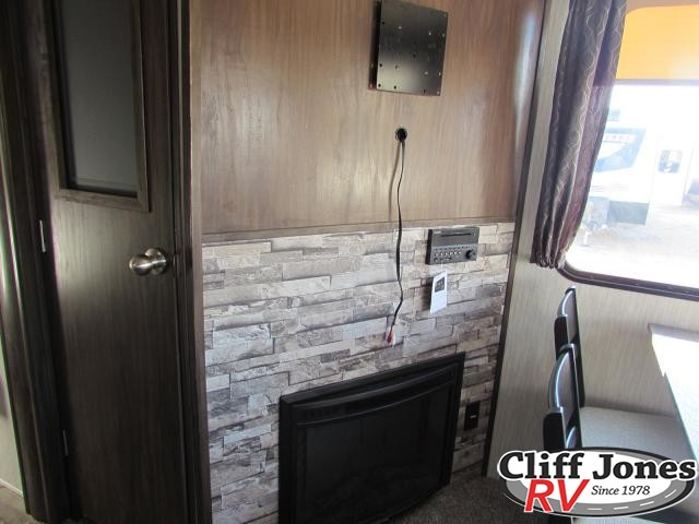 2019 Forest River Arctic Wolf 295QSL8 Fifth Wheel 2