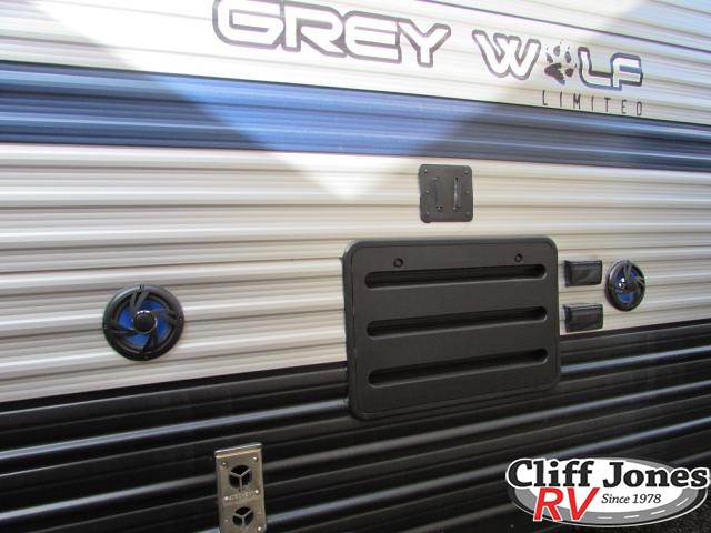 2019 Forest River Cherokee Grey Wolf 19RR Toy Hauler