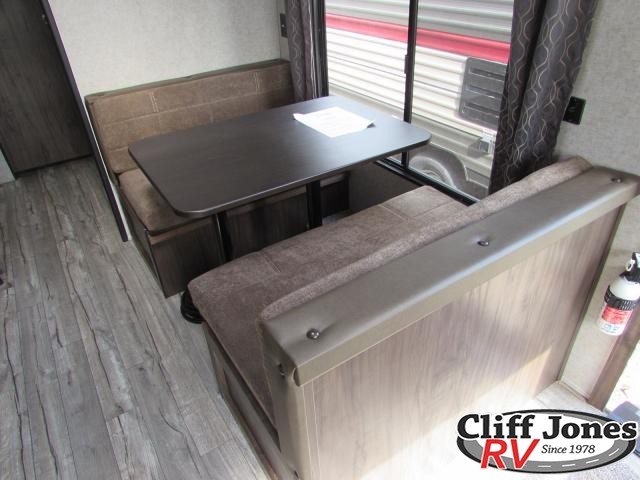 2019 Forest River Cherokee Grey Wolf 25RL Travel Trailer