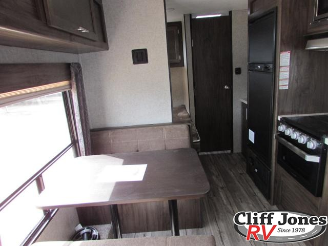 2019 Forest River Cherokee Grey Wolf 26BHSE Travel Trailer
