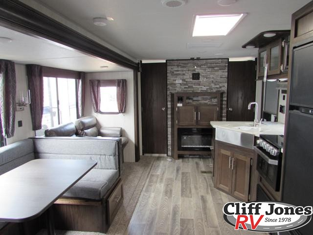 2019 Forest River Cherokee Grey Wolf 294BH Travel Trailer