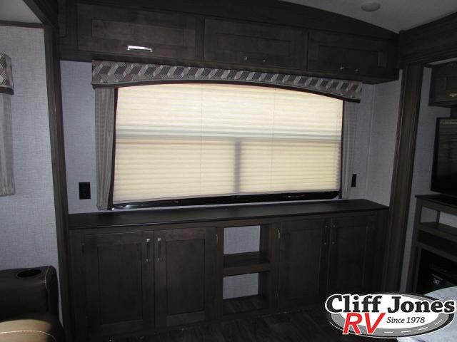 2019 Keystone Laredo 296SBH Fifth Wheel