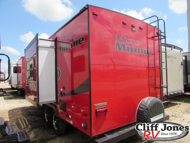 2019 Winnebago Micro Minnie 2106DS Travel Trailer