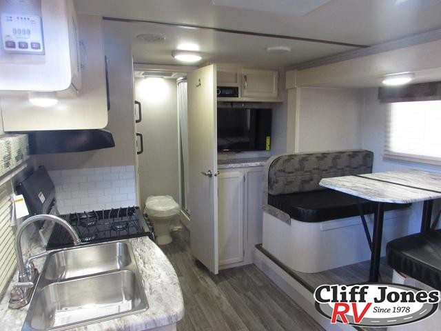2019 Winnebago Micro Minnie 2108DS Travel Trailer 2 Kitchen and Dinette