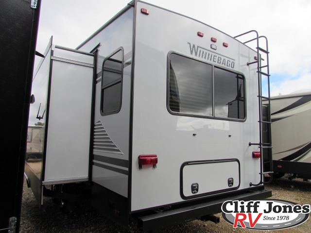 2019 Winnebago Minnie Plus 27RLTS Fifth Wheel